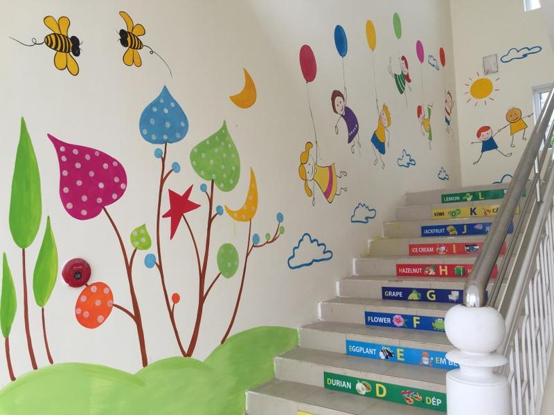 Cách trang trí hành lang mầm non tạo góc vui chơi cho trẻ